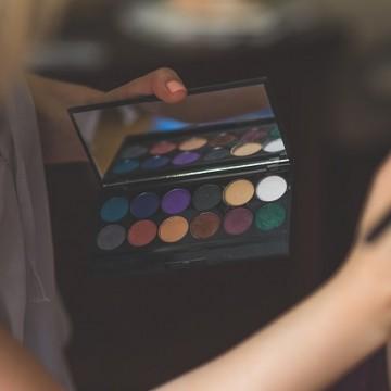 Maquillaje. Foto: El Norte Hoy